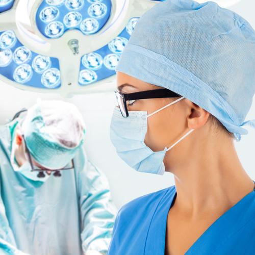 額のたるみの美容整形の名医の選び方