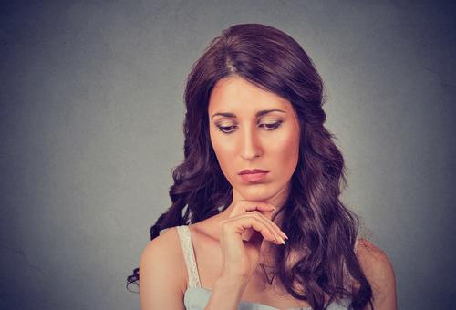 頬のたるみの美容整形で失敗するとどうなる?