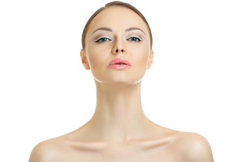 目尻のしわの美容整形の修正、やり直しについての常識とは