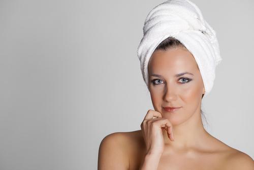 目の上のたるみの美容整形のアフターケアが大切な理由